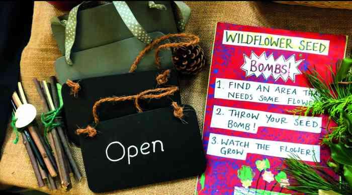 Market, Christmas shopping, Craft, Artisan, Local, charity